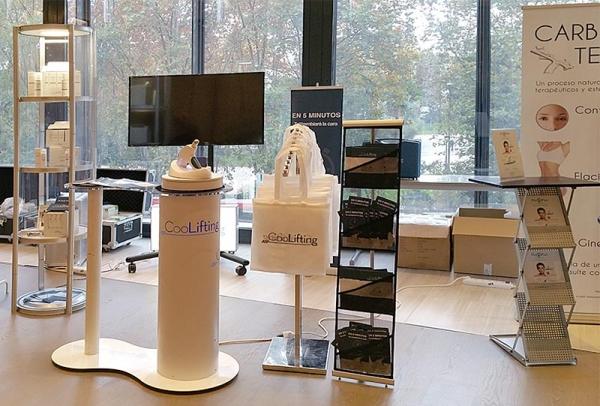 stand modular blanco y stand de carton mobiliario y accesorios