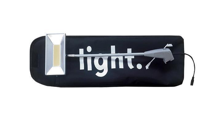 stand modular blanco y stand de carton iluminación