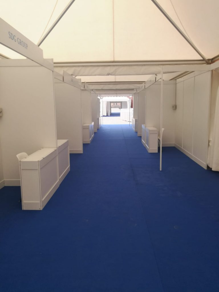 Shel scheme booth with tents