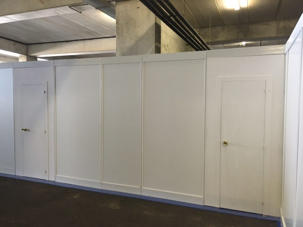 Shel scheme booth changing rooms